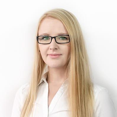 Asystentka działu prawnego Agnieszka Buszkiewicz